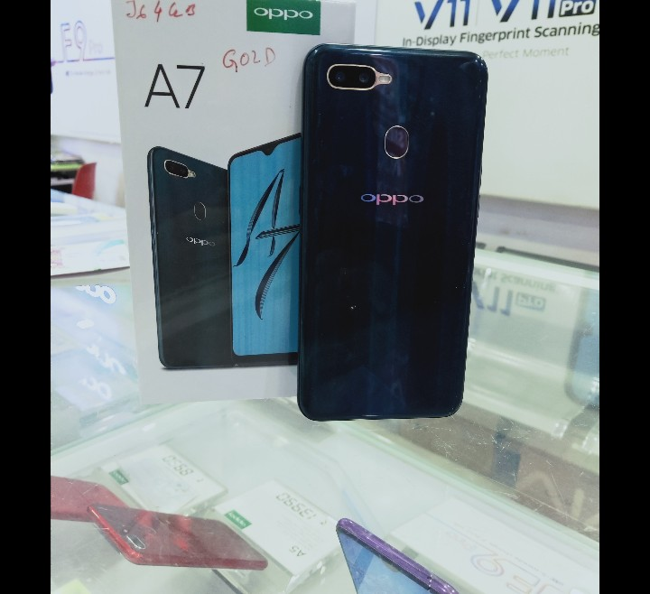 OPPO A7(4GB)